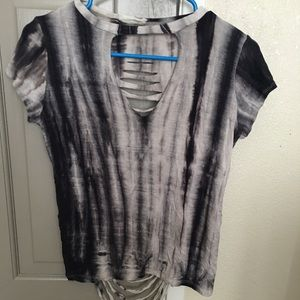 Tops - Flowy tee shirt